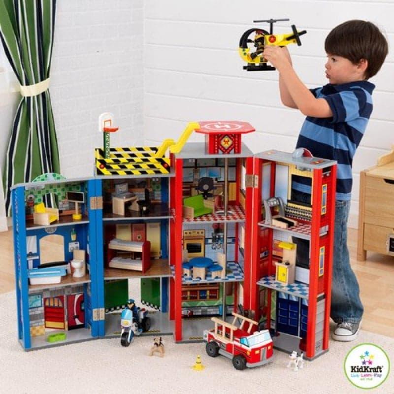 Игрушечный домик своими руками для мальчиков