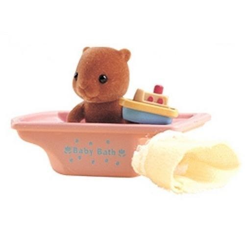 Купить Игровой набор Sylvanian Families Младенец в пластиковом сундучке (бобер в ванной) в интернет магазине игрушек и детских товаров