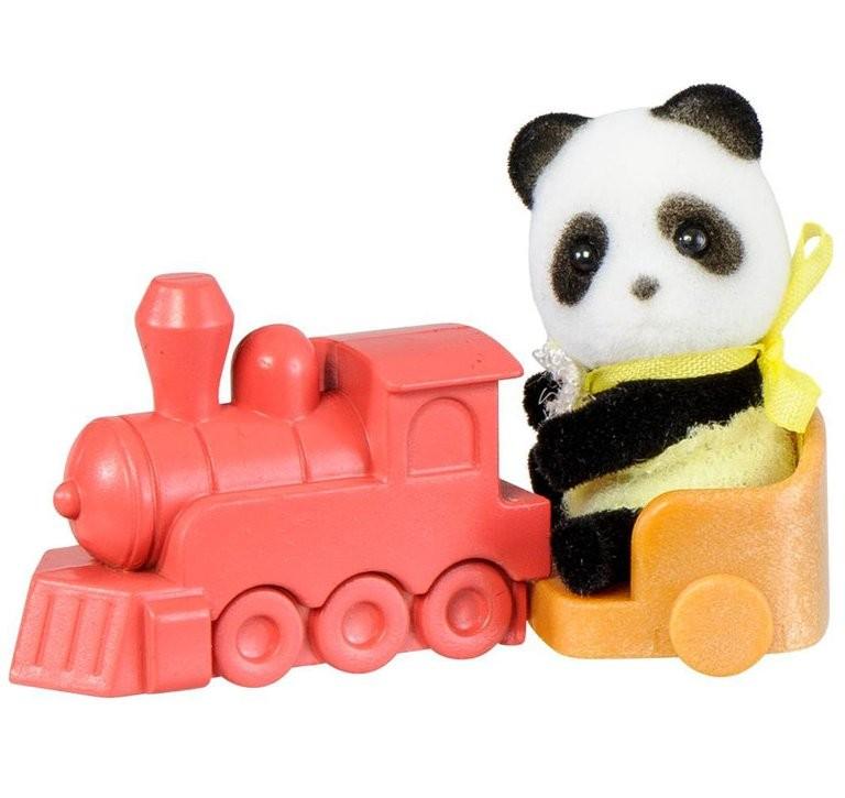 Купить Игровой набор Sylvanian Families Младенец в пластиковом сундучке (панда на каталке-паровозе) в интернет магазине игрушек и детских товаров
