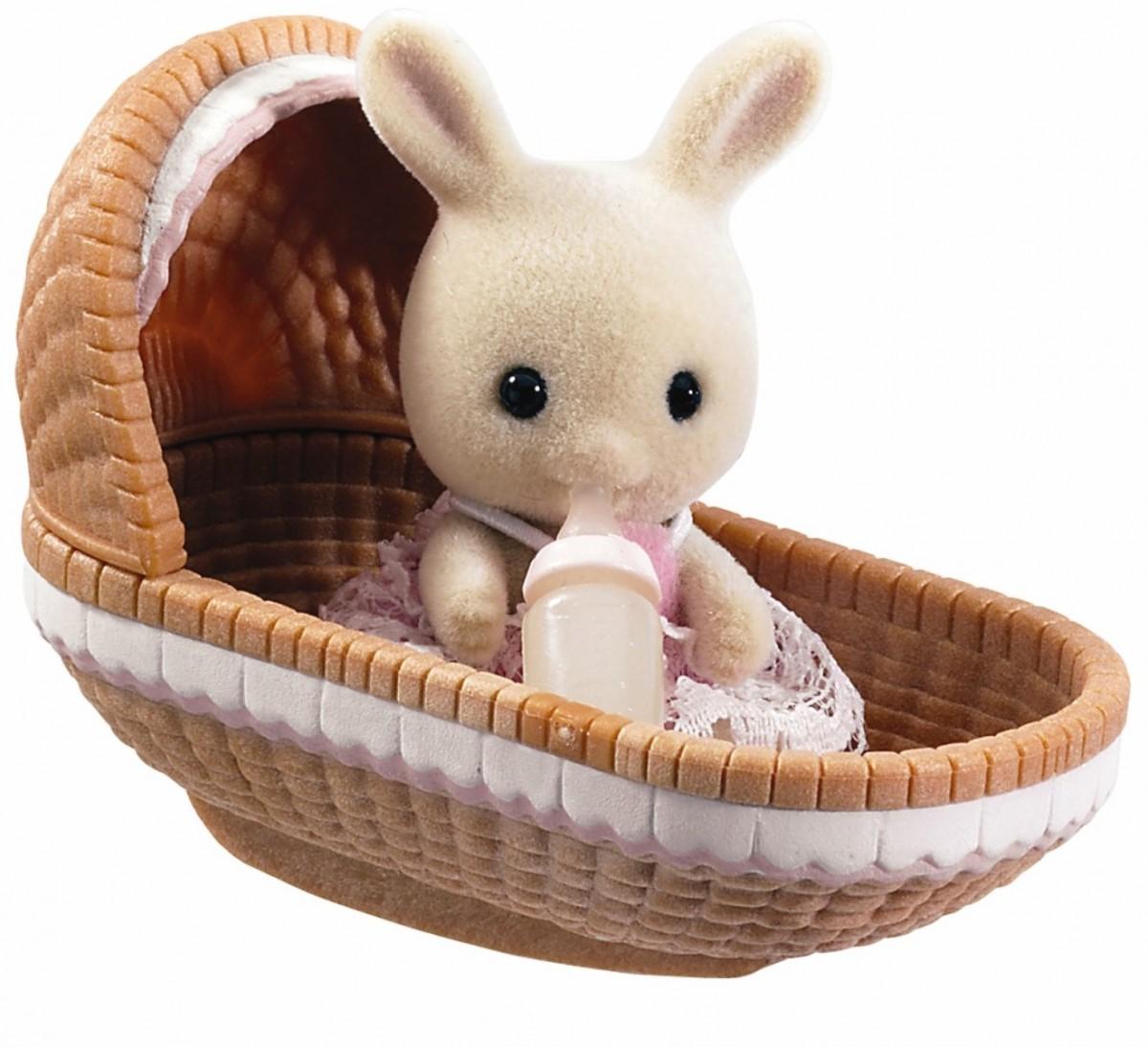 Игровой набор Sylvanian Families 3380 Младенец в пластиковом сундучке (кролик в люльке)