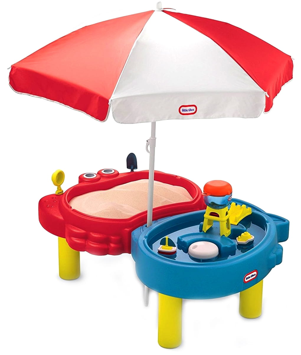Стол-песочница Little Tikes с зонтиком
