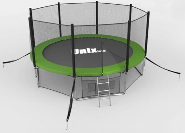 Купить Батут Unix с сеткой и лестницей 8 футов - 244 см (зеленый) в интернет магазине игрушек и детских товаров