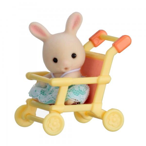 Игровой набор Sylvanian Families Младенец в пластиковом сундучке - кролик в коляске