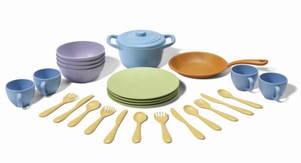 Купить Набор посуды Green Toys (кухонная и столовая) в интернет магазине игрушек и детских товаров