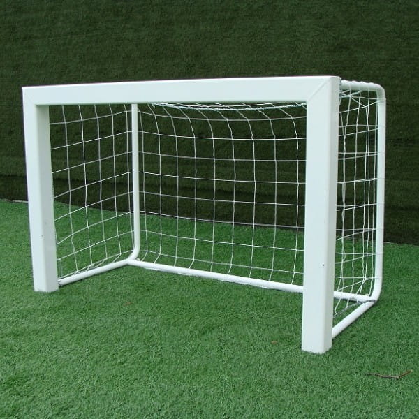Купить Ворота футбольные алюминиевые Union-Play с сеткой и клипсами (1,20х0,8м) в интернет магазине игрушек и детских товаров