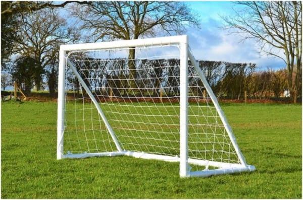 Купить Футбольные ворота из алюминия Union-Play цельносварные с клипсами (1,80х1,20м) в интернет магазине игрушек и детских товаров