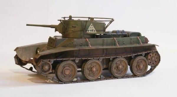 Сборная модель Звезда 3545з Советский легкий танк БТ-7