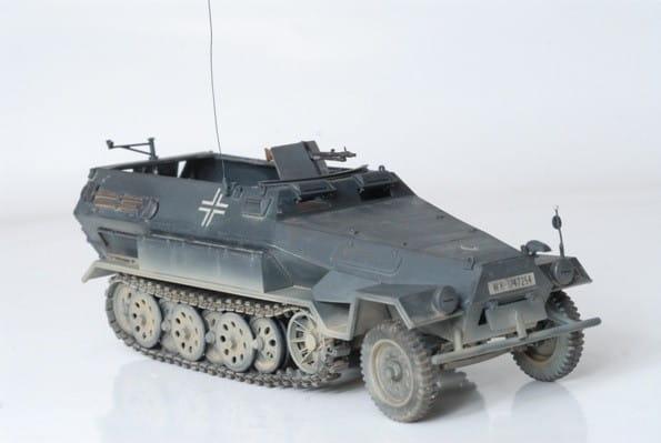 Сборная модель Звезда Немецкий бронетранспортер Ханомаг