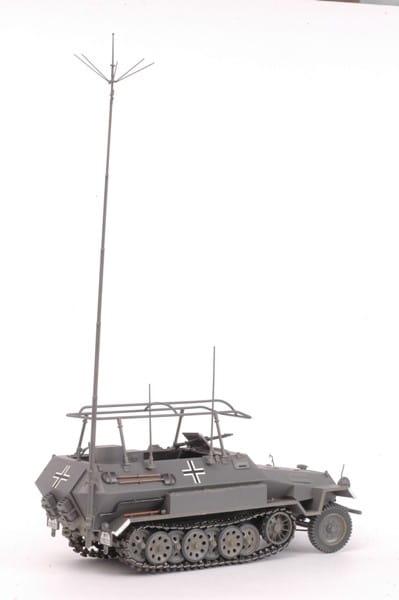 Сборная модель Звезда 3604з Бронетранспортер Ханомаг