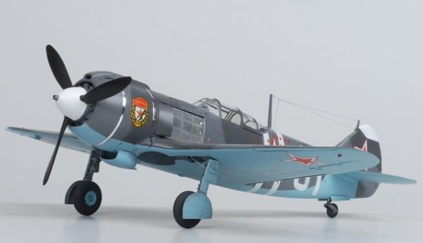 Сборная модель Звезда Самолет Ла-5ФН