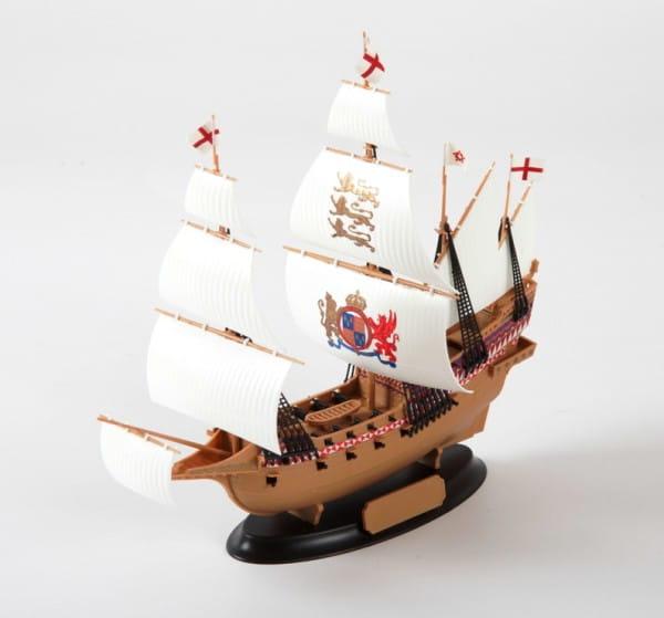 Купить Подарочный набор Звезда Флагманский корабль Френсиса Дрейка Ревендж в интернет магазине игрушек и детских товаров