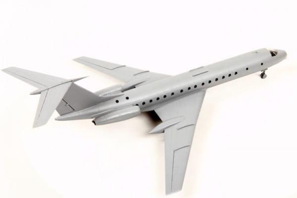 Сборная модель Звезда Пассажирский авиалайнер ТУ-134