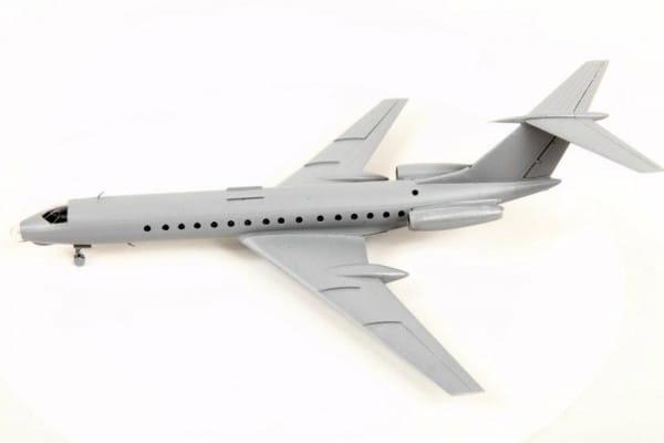 Подарочный набор Звезда Пассажирский авиалайнер ТУ-134А/Б-3