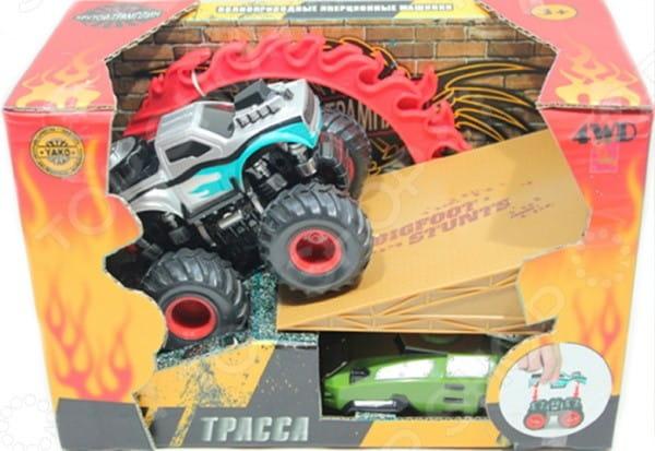 Инерционная полноприводная машина Yako Крутой трамплин - серая