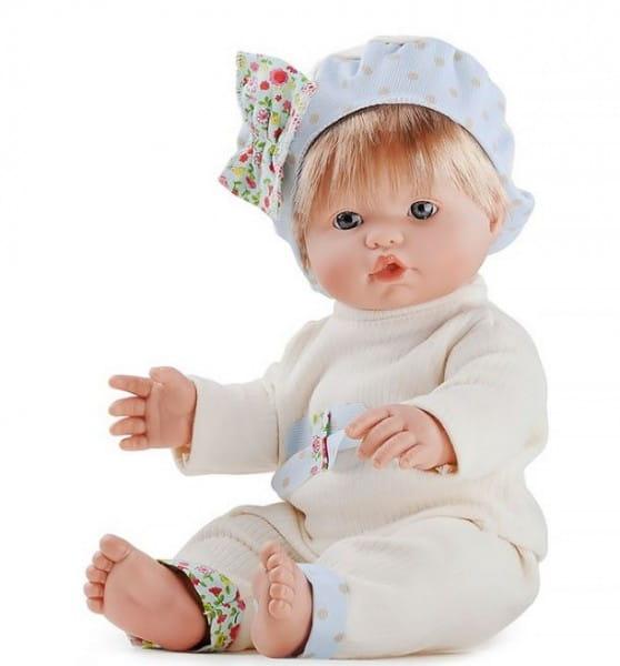 Купить Кукла Carmen Gonzalez Кока - 34 см (в бежевой кофточке и брючках) в интернет магазине игрушек и детских товаров