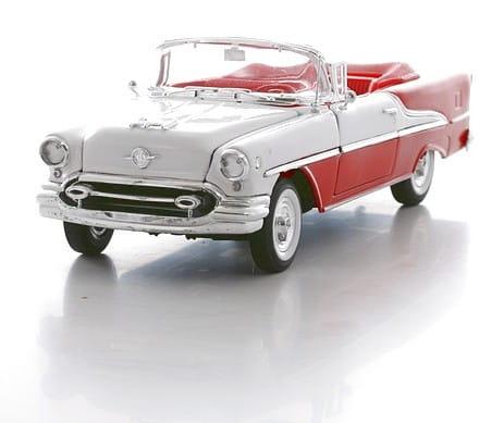 Винтажная машина Welly Oldsmobile Super 1955 1:24