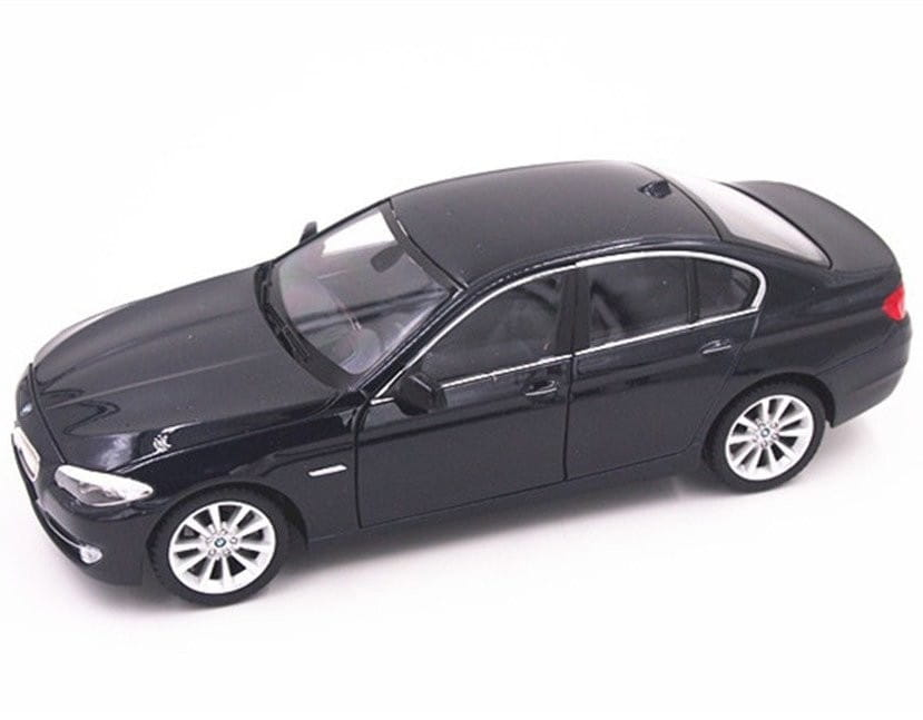 Машинка Welly 24026 BMW 535I 1:24