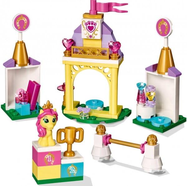 Конструктор Lego Disney Princesses Лего Принцессы Дисней Королевская конюшня Невелички