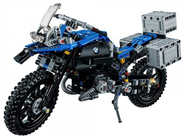 Конструктор Lego Technic Лего Техник Приключения на BMW