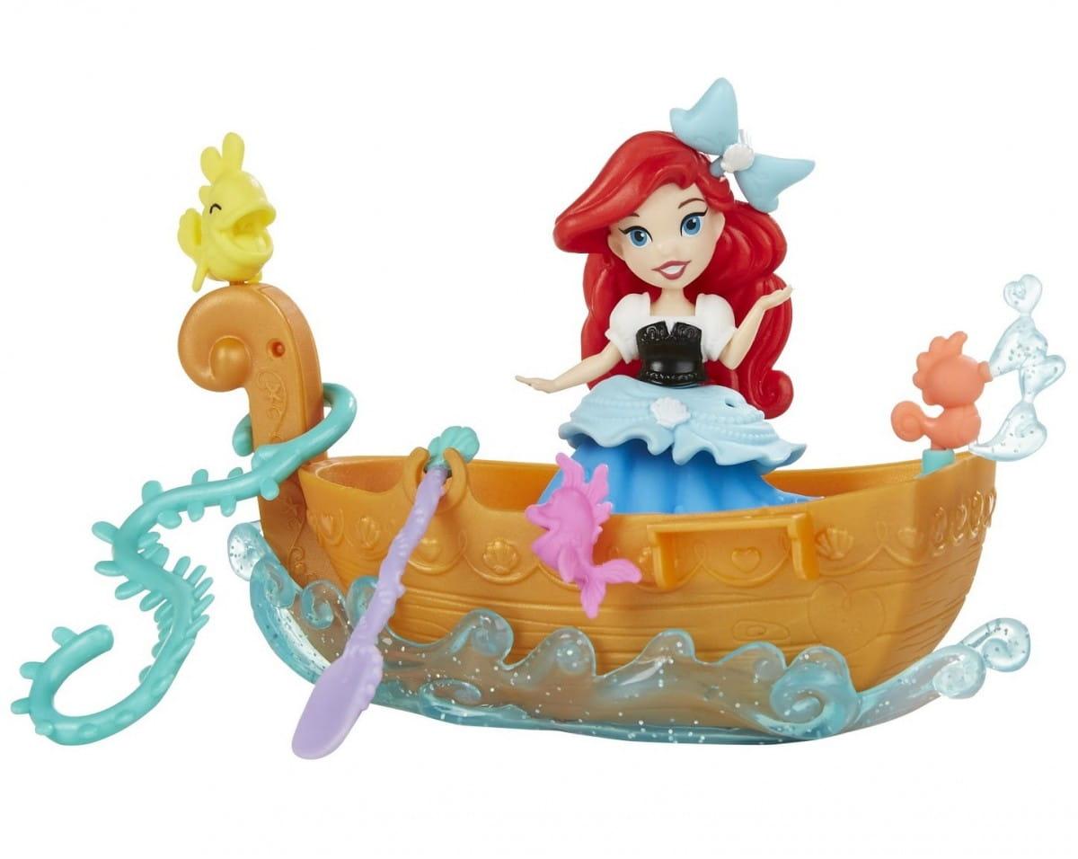 Игровой набор для игры в воде Disney Princess Ариэль в лодке (Hasbro)
