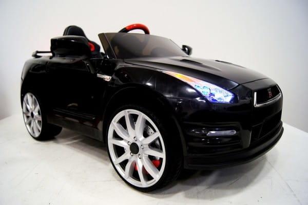Электромобиль River Toys Nissan GTR X333XX (лицензионная модель)
