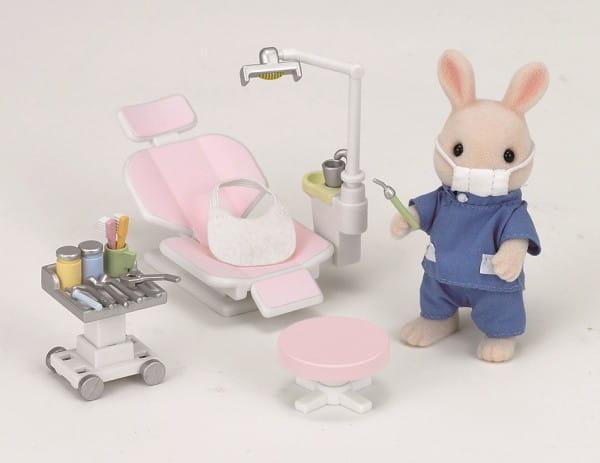 Игровой набор Sylvanian Families Кролик-стоматолог