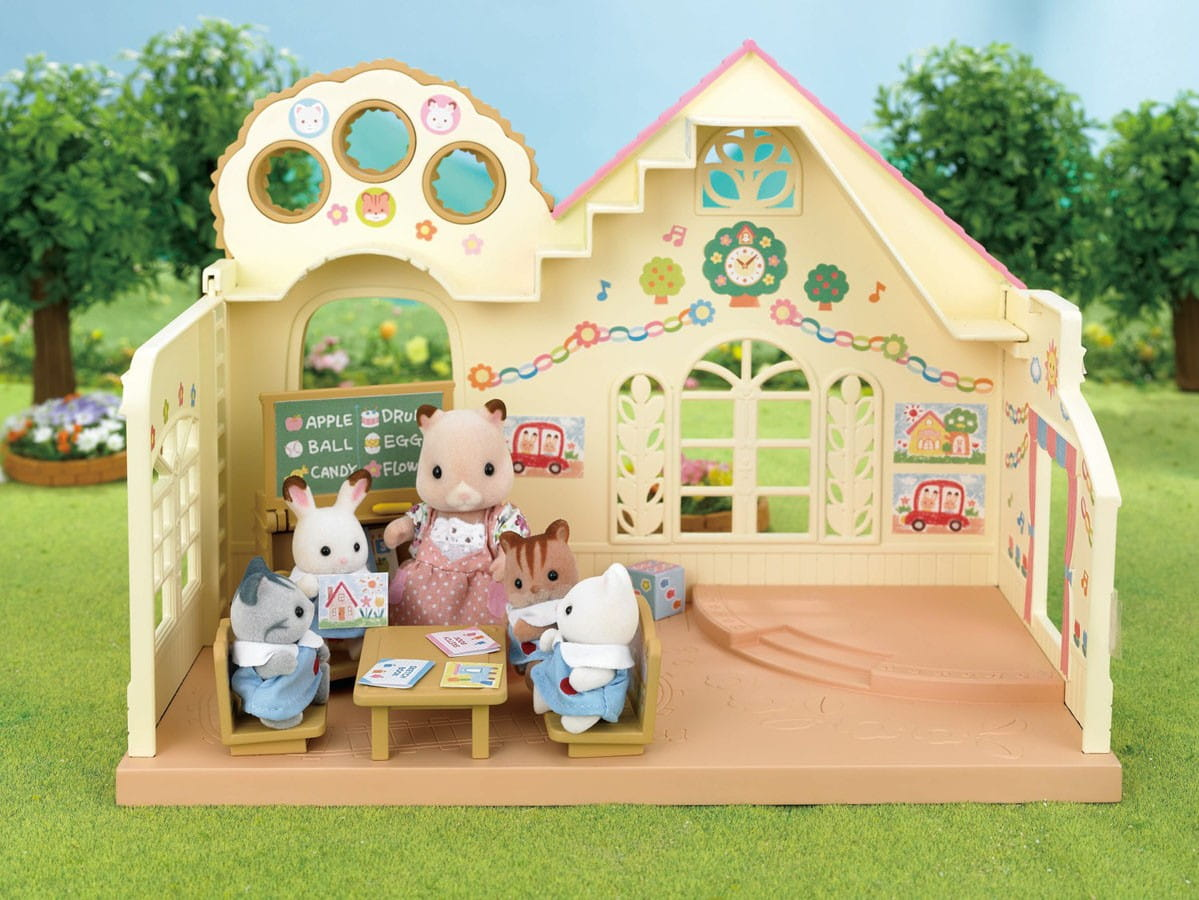 Купить Игровой набор Sylvanian Families Лесной детский сад в интернет магазине игрушек и детских товаров