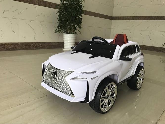 Электромобиль River Toys Lexus E111KX c дистанционным управлением