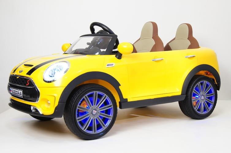 Двухместный электромобиль с дистанционным управлением River Toys MiniCooper A222AA