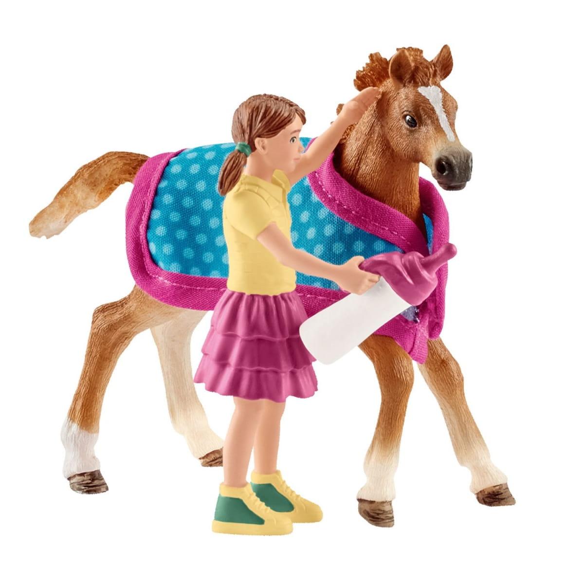 Набор SCHLEICH Девочка с жеребенком - Игровые наборы для девочек