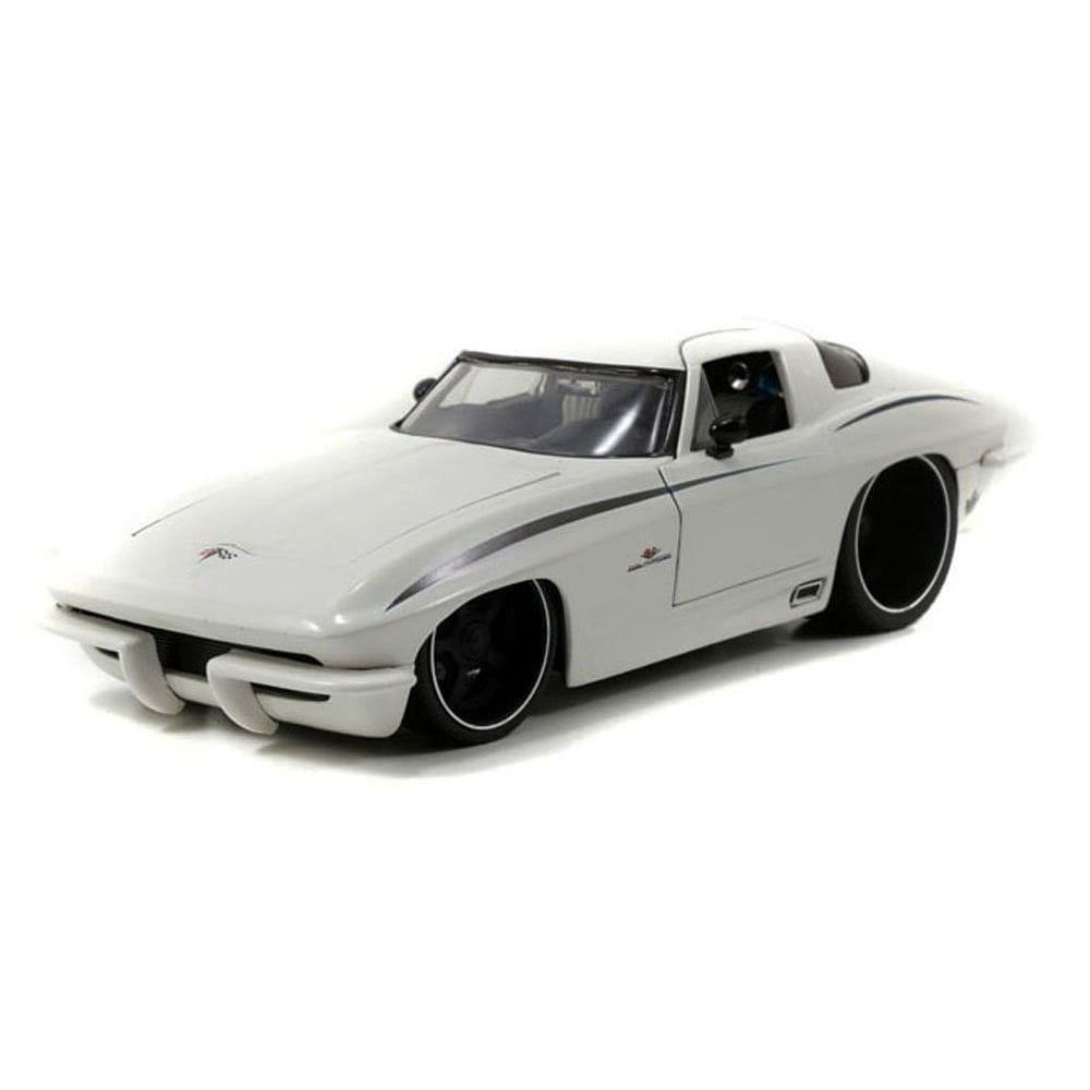 Коллекционный автомобиль Jada Toys 96470-White Chevrolet Corvette Stingray Centennial - 1963 White (1:18)