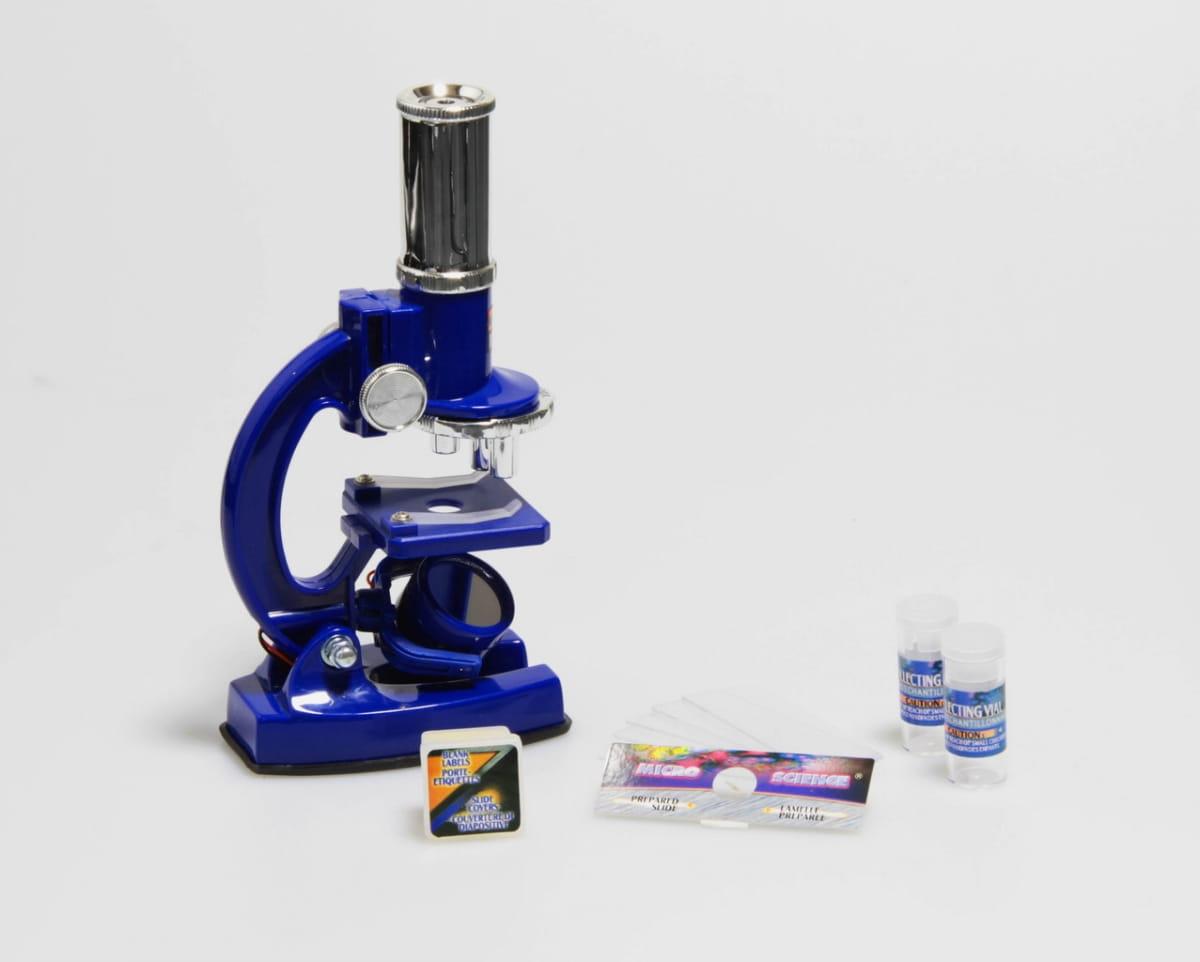 Набор для опытов с микроскопом EASTCOLIGHT 2  23 предмета - Оптические приборы