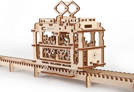 Механический деревянный 3D конструктор UGEARS Трамвай с рельсами - Деревянные конструкторы