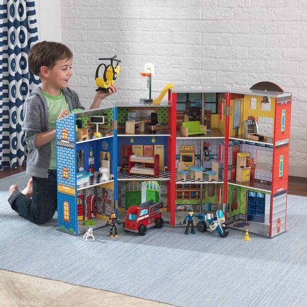 Купить Игровой набор для мальчиков KidKraft Здание спасательной службы Everyday Heroes Wooden Play Set в интернет магазине игрушек и детских товаров