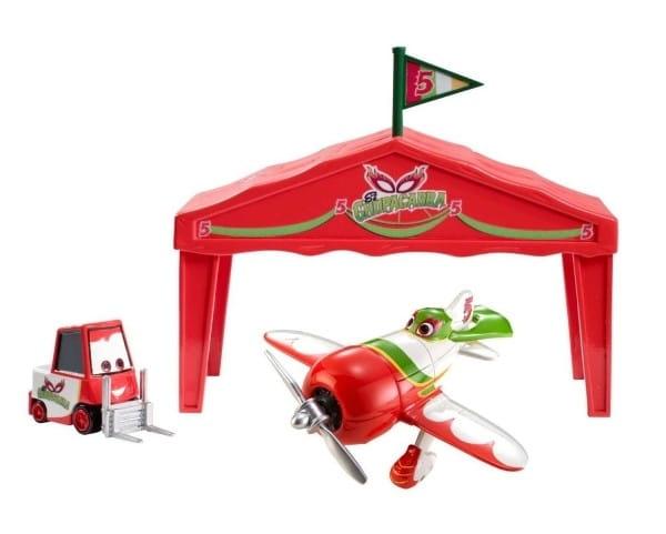 Купить Игровой набор Planes Эль Чупакабра El Chupacabra в ангаре (Mattel) в интернет магазине игрушек и детских товаров