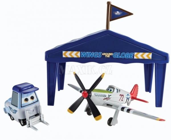 Купить Игровой набор Planes Judge Davis в ангаре (Mattel) в интернет магазине игрушек и детских товаров