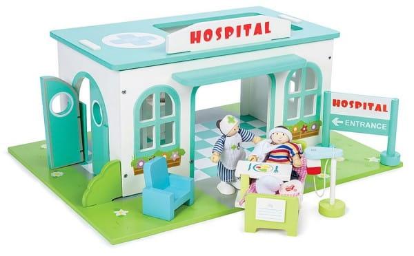 Игровой набор Le Toy Van Больница (с куклами)
