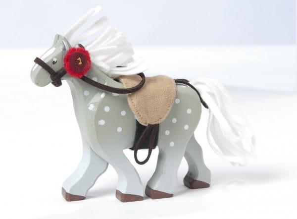 Игровой набор Le Toy Van BK836 Серая лошадка с седлом