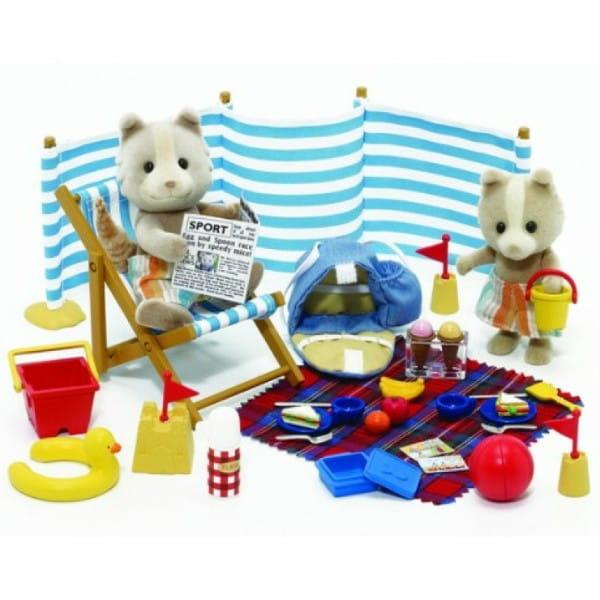 Купить Игровой набор Sylvanian Families День на море в интернет магазине игрушек и детских товаров