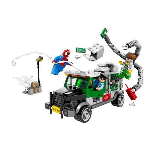 Купить Конструктор Lego Super Heroes Лего Супер Герои Кража грузовика Доктора Осьминога в интернет магазине игрушек и детских товаров