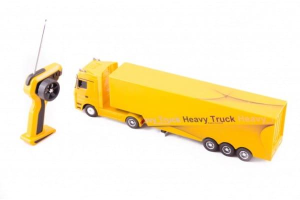 Радиоуправляемый грузовик Rui Chuang QY1101-Y Mercedes-Benz 6 CH 1:32 - желтый