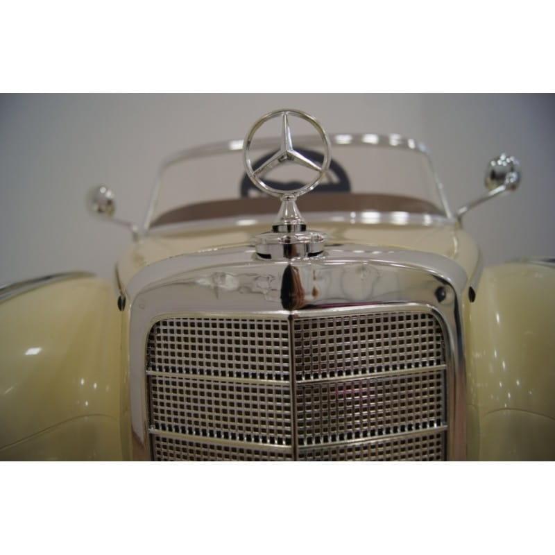 Электромобиль River Toys Mercedes-Benz 300S