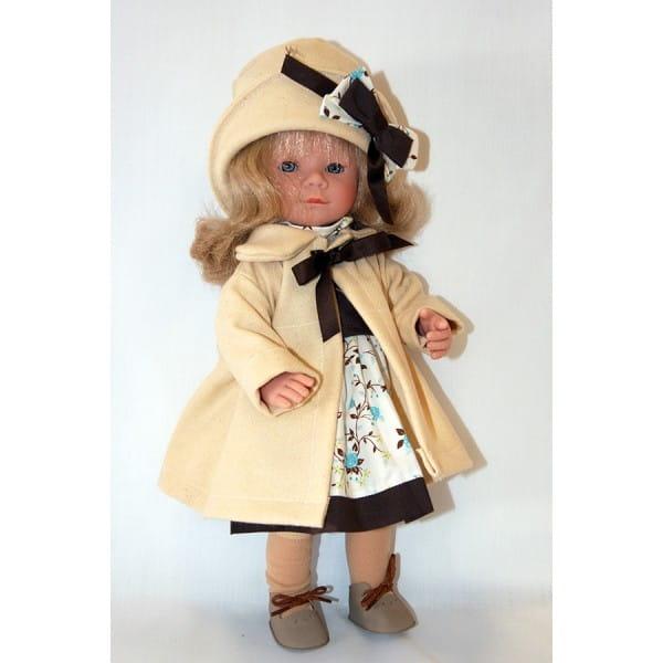 Кукла Carmen Gonzalez Мариэтта - 34 см (в кремовом пальто и шляпке)