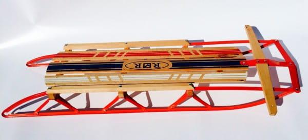 Горные металлические санки River Toys с деревянным сидением - 95 см
