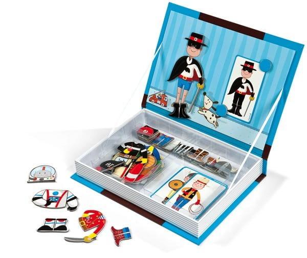 Магнитная книга-игра Janod Мальчишки в костюмах (34 магнита, 8 костюмов)