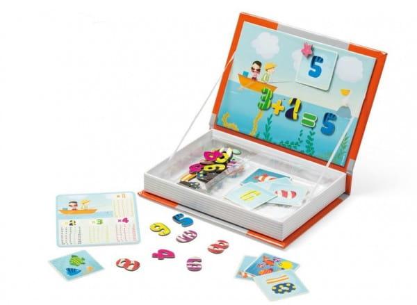 Магнитная книга-игра Janod Учимся считать (45 магнитов, 10 карточек, таблица умножения)
