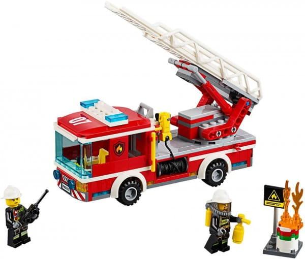 Конструктор Lego City Лего Город Пожарный автомобиль с лестницей